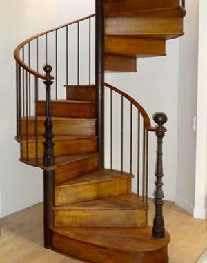 grande-hauteur-escalier